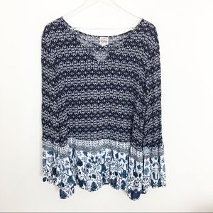 Como Vintage XL Boho bell sleeve navy and white